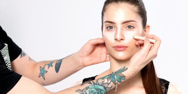 VU Beauty: Makijaż korygujący nos