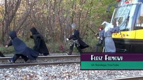 Gandalf na torach podbija internet; doktor Latoszek opuszcza szpital w Leśnej Górze - Flesz Filmowy