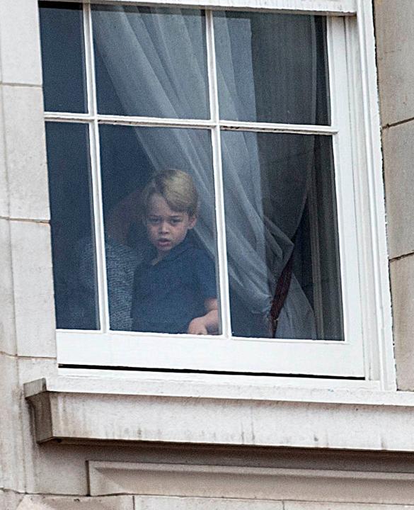 György herceg szeptember 6-án megy iskolába.