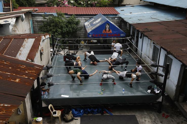 Pankrátorok Délkelet-Ázsiában - Fotó: MTI/EPA/Rolex Dela Pena
