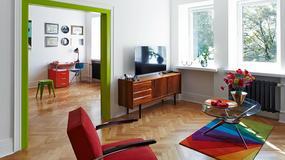 Atrakcyjnie urządzone mieszkanie w warszawskiej kamienicy - część mebli to odnowione starocie