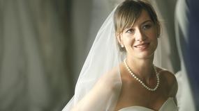 """Maja Ostaszewska w ślubnej sukni na planie serialu """"Przepis na życie"""""""