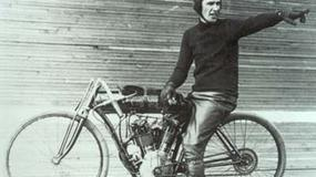 Stuletni motocykl wyścigowy za milion dolarów?