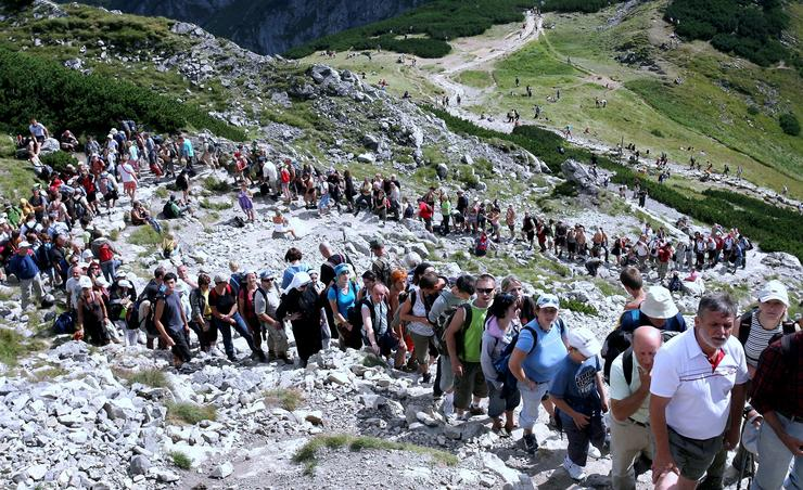 queue to Giewont