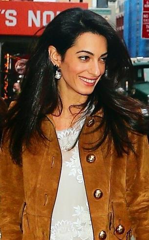 Best Look: Amal Clooney w Alberta Ferretti