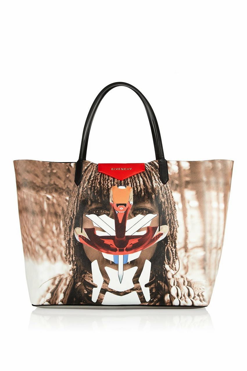 Givenchy, 3000 zł / netaporter.com