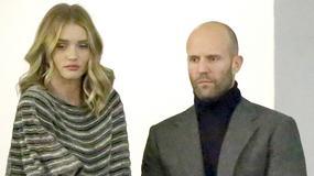 Zakochani Jason Statham i Rosie Huntington-Whiteley przyłapani na czułościach