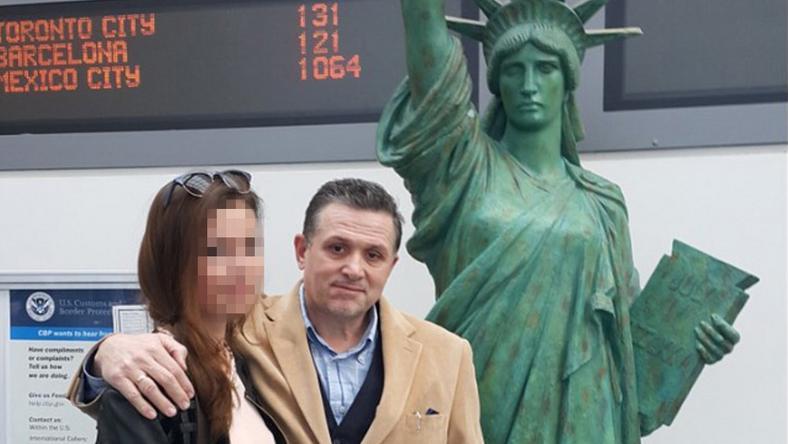 Lagzi Lajcsit és lányát, Bogit Newarkban a becsekkolás előtt fényképezte le a Blikk olvasó-riportere