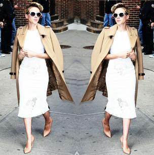 BEST LOOK: Scarlett Johanssonn w płaszczu Burberry