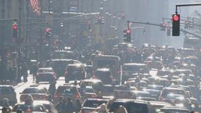Kierowcy vs. komunikacja miejska