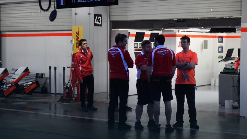 Pracownicy teamu Marussia