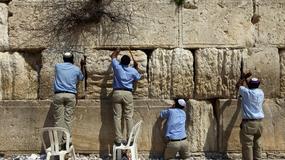 Czyszczenie Ściany Płaczu