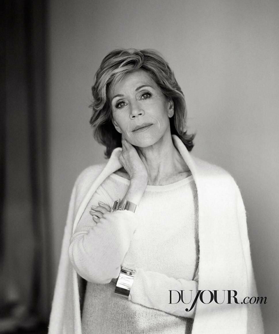 fot. Thomas Whiteside / DuJour Magazine