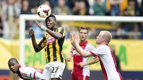 """Recenzja: """"Futbol w cieniu Holokaustu. Ajax, Holendrzy i wojna"""" Simon Kuper"""