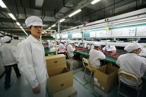 Mnogi rade šest dana u nedelji, često do 12 sati dnevno