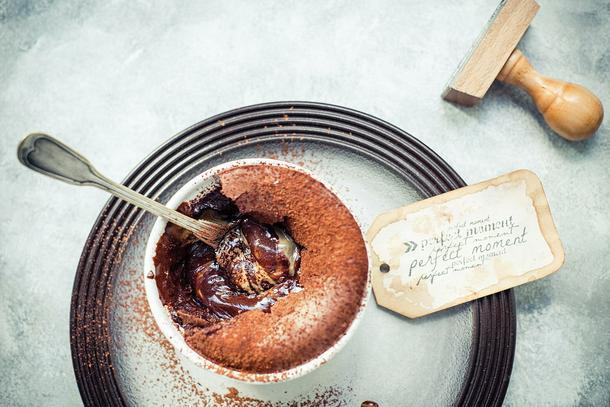 Fondant czekoladowy z masłem orzechowym