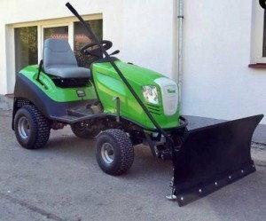 Produkt UE Pług do śniegu do kosiarki, traktorka samojezdnego 100cm - UNIWERSALN