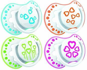 Lovi Dynamiczny smoczek uspokajający BASIC 2 szt. BPA 0% 3 - 6 m 22/804