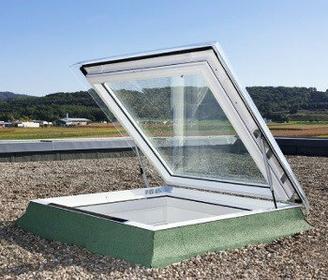 Velux Okno wyłazowe do płaskiego dachu CXP 0473Q antywłamaniowe CXP0473Q090120