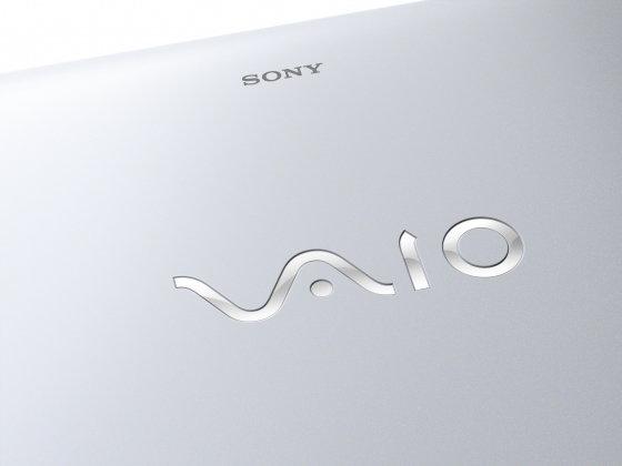 "Sony VAIO SVE1511G1E 15,5"", Core i3 2,4GHz, 4GB RAM, 320GB HDD (E1511G1E)"