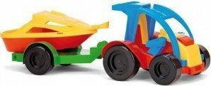 Wader Auto z przyczepą i motorówką