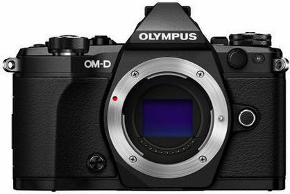 Olympus OM-D E-M5 Mark II + 12-40 kit 3D
