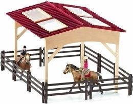 Schleich Stajnia dla koni z wyposa?eniem Model 2014 42103
