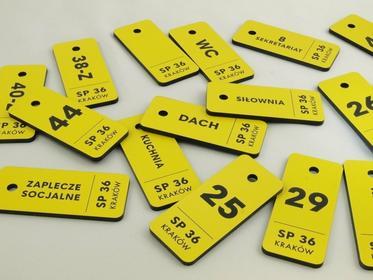 GRAWERNIA.PL Breloczki do kluczy dla szkoły - TROGIR żółte - 70x30mm