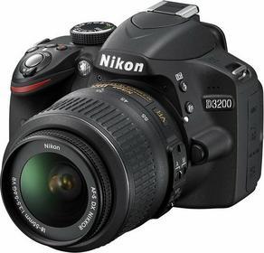 Nikon D3200 + 18-55 VR kit