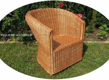 Fotel wiklinowy 10