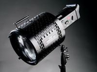 Bowens Reflektor Fresnel 200 ze zmiennym kątem