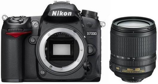 Nikon D7000 + 18-105 VR kit