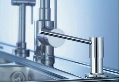Mydelniczki i dozowniki mydła