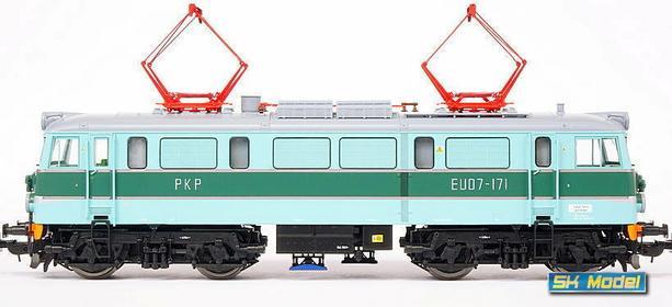 Piko Elektrowóz EU07-171 typ 4E PKP Cargo 96364