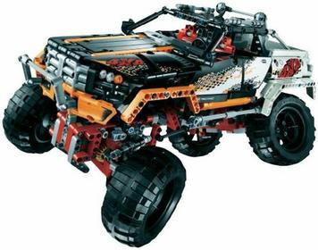 LEGO Technic 9348 Samochód terenowy 4x4