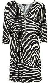 Bonprix Sukienka z dżersej z zamkiem 970538_51146 Zebra