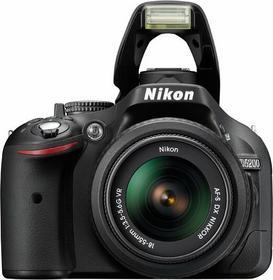 Nikon D5200 + 18-55 VR + 55-300 VR kit