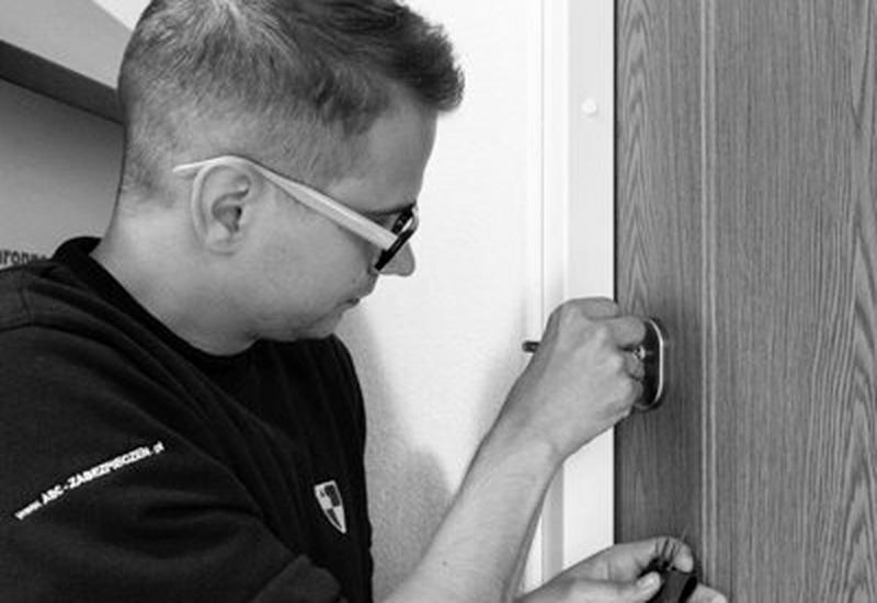 awaryjne otwieranie drzwi - ABC Zabezpieczeń Pogotowi... zdjęcie 2