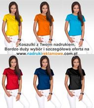 Koszulki z logo firmy.