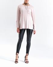 Sweter jasno różowy