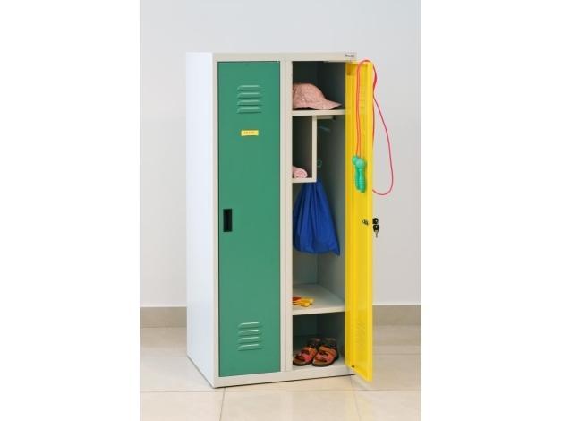 Szafka ubraniowa o wysokości 350 mm - dla dzieci z przedszkoli. Maluchy bez trudności powieszą ubranie i sięgną do półek.