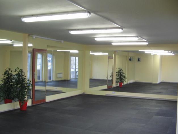 taniec dla młodej pary - Fitness Klub Fit4U. Siłow... zdjęcie 8