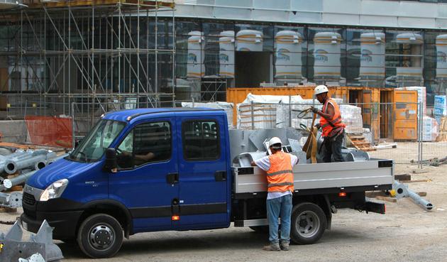 naprawy lakiernicze - Uni-Truck Sp. z o.o. Nada... zdjęcie 3