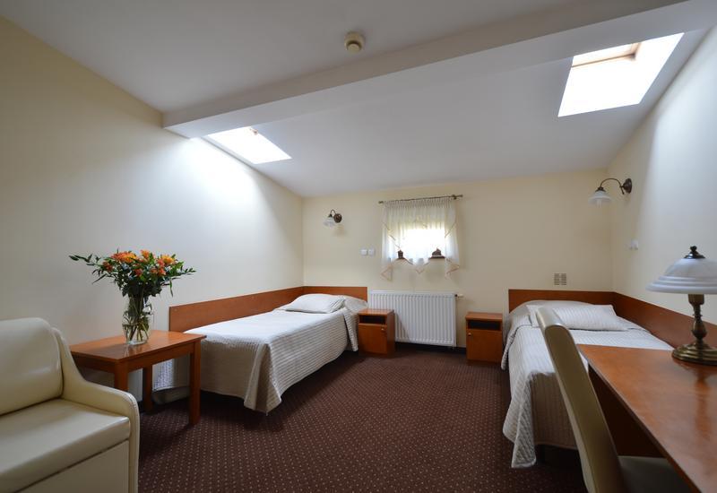pokoje - U Pana Cogito Pensjonat i... zdjęcie 4