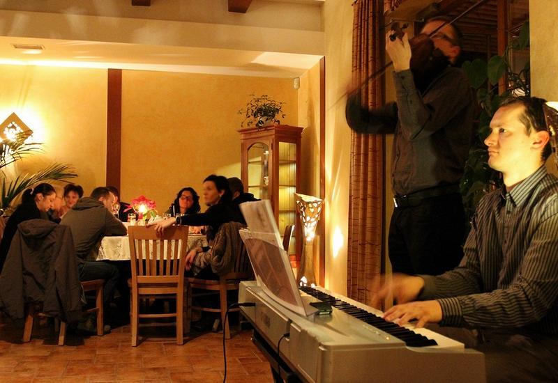 komunia - Dwór Świętoszówka. Restau... zdjęcie 5