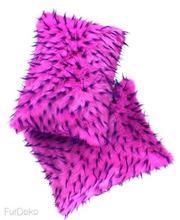 Futrzana poduszka dekoracyjna JEŻYK różowy 40x50 cm