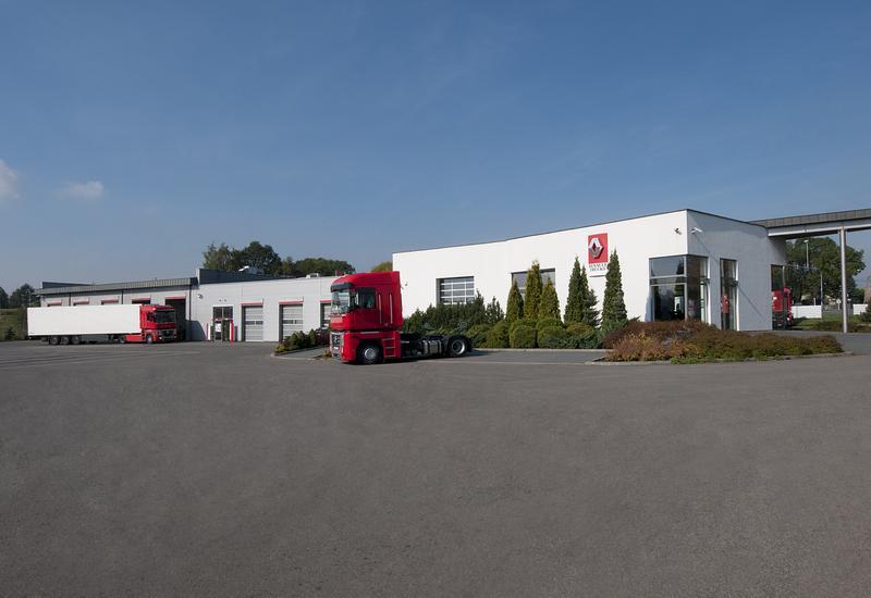 volvo truck center - RENAULT TRUCKS Tandem Tru... zdjęcie 3