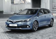 Toyota, salon samochodowy, dealer samochodowy