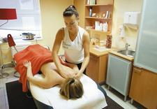 uniesienie podupadających brwi - Strefa Fitness & Wellness zdjęcie 6