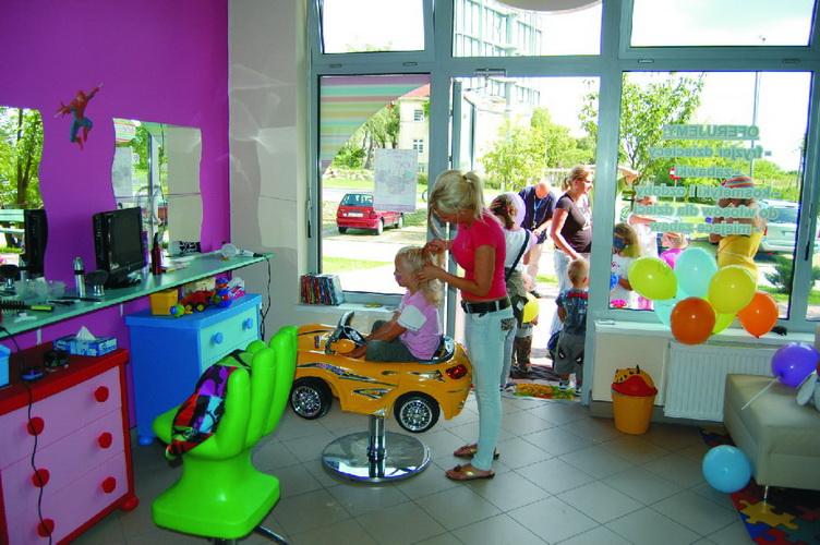 Dziecięcy Salon Fryzjerski Loczek Szczecin Mapa Polski W Zumipl